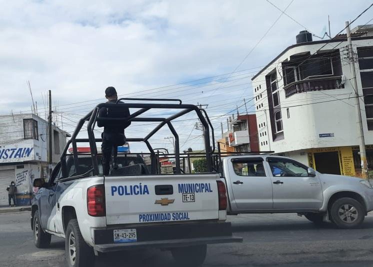 Artesano se desploma y muere en calles de Tecamachalco