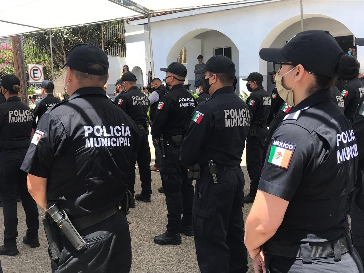 Barbosa acusa contubernio de municipales con delincuentes