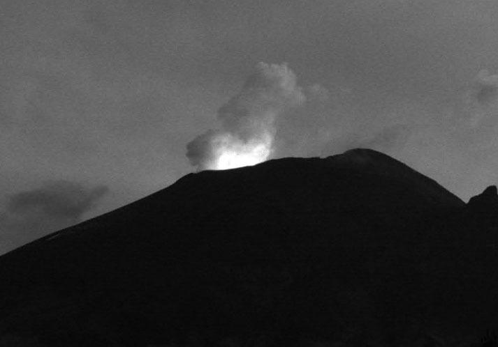 Popocatépetl registra 77 exhalaciones en 24 horas