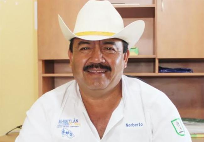 Cierran alcaldía de Huehuetlán el Chico por posibles casos de Covid