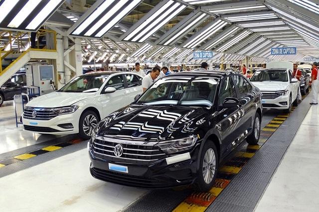 En México la venta de autos se cayó 41.1% en junio