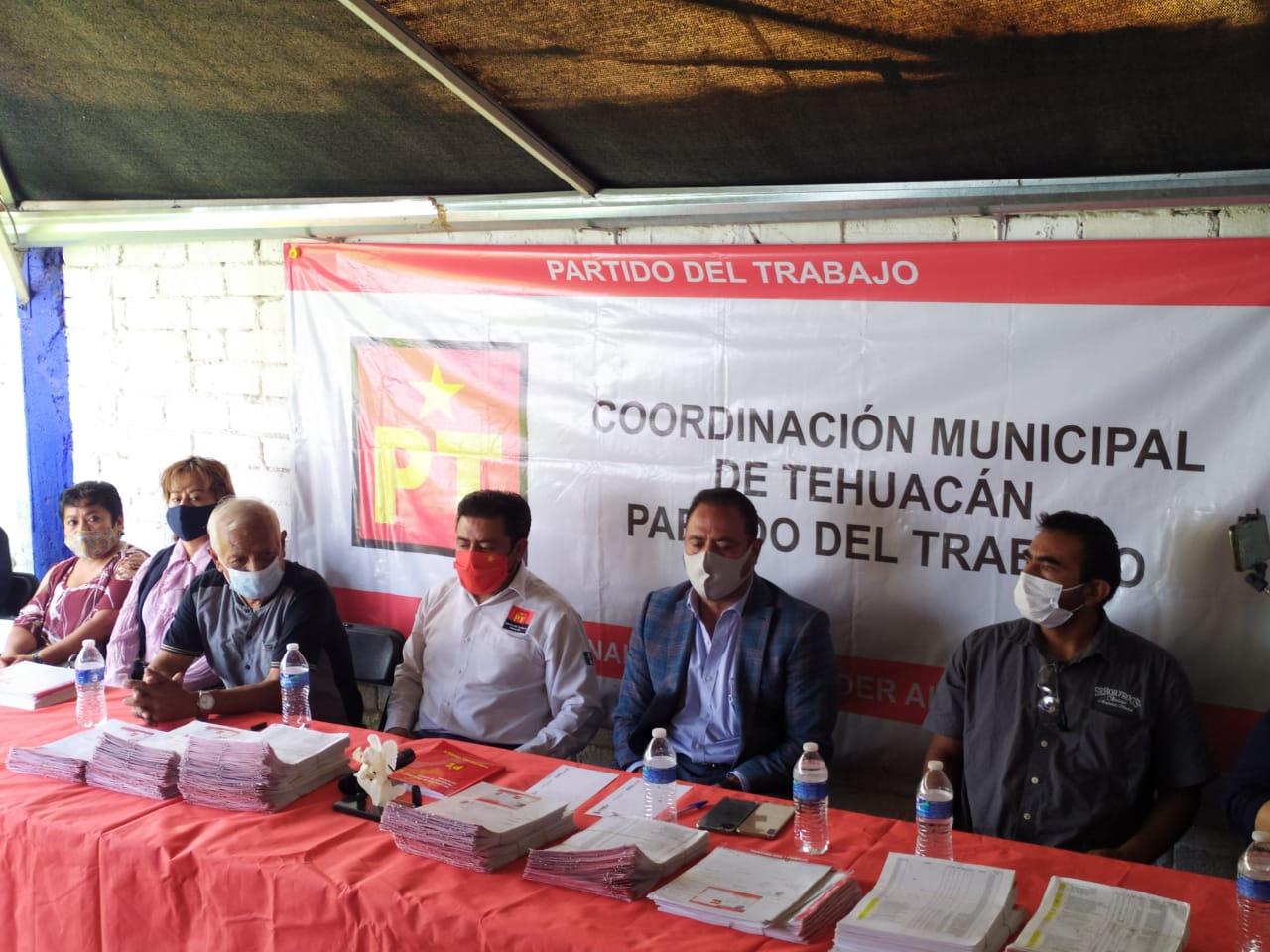 Desconoce PT de Tehuacán al candidato a la alcaldía Pedro Tepole