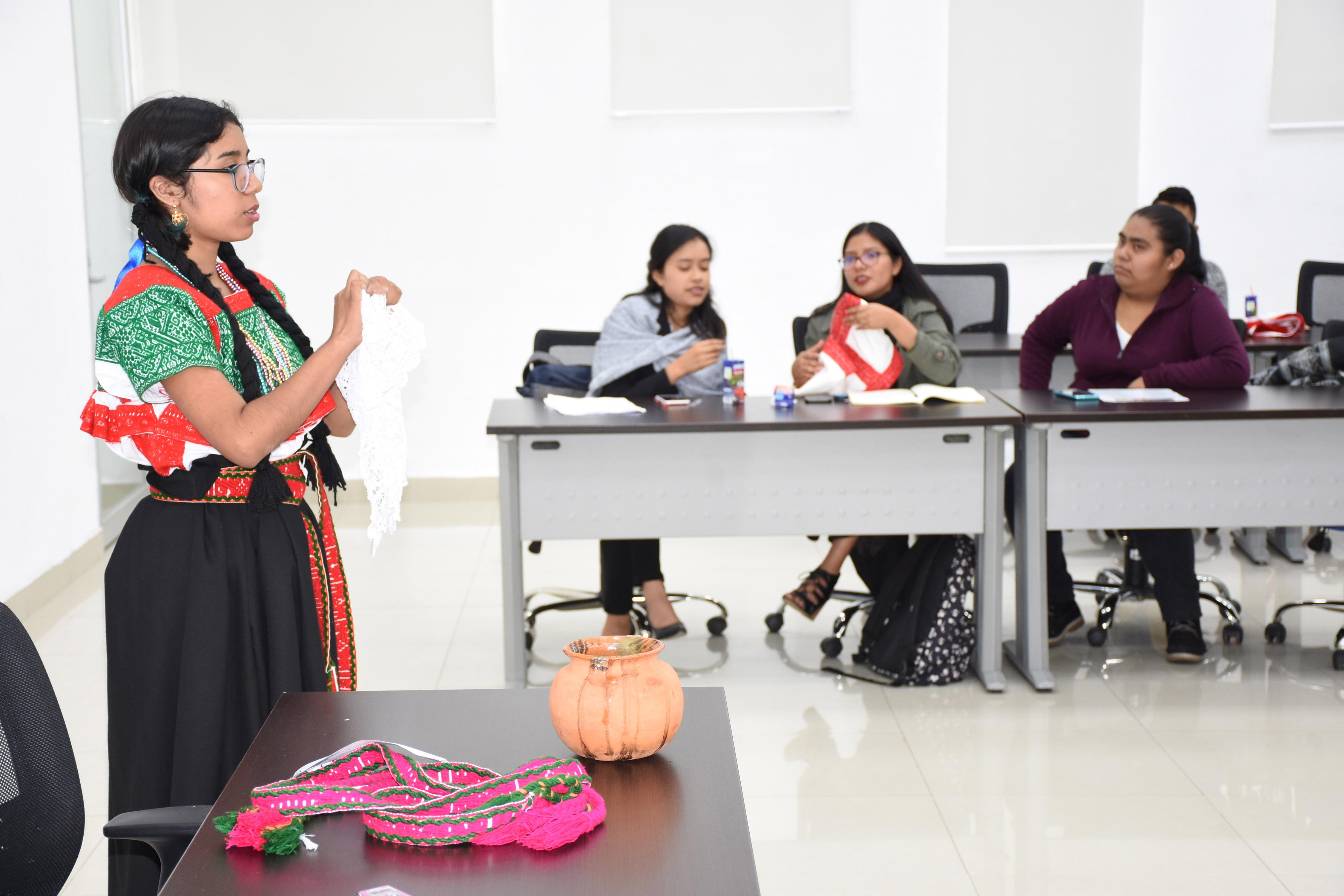 Exclusión y reconocimiento: lucha permanente de los pueblos originarios: investigador BUAP