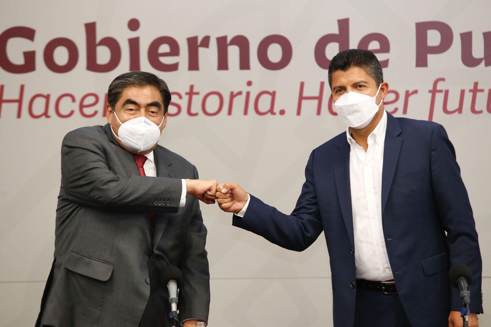 Es tiempo de que hagamos equipo, dice  Barbosa a Eduardo Rivera
