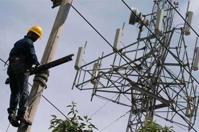 Por fallas eléctricas en 3 municipios, tiene SENER 20 mil quejas