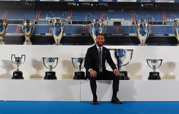 Sergio Ramos se despide del Madrid y advierte: 'volveré'