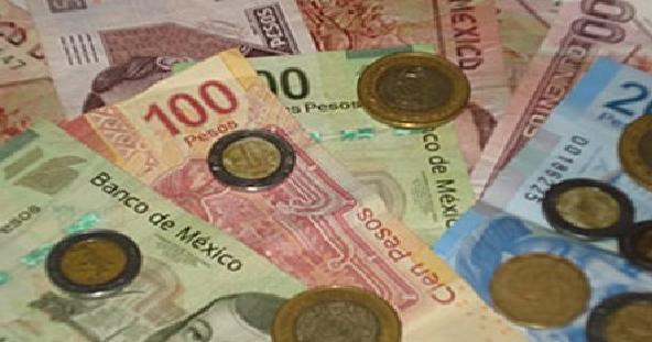 El peso mexicano con sesión de altibajos