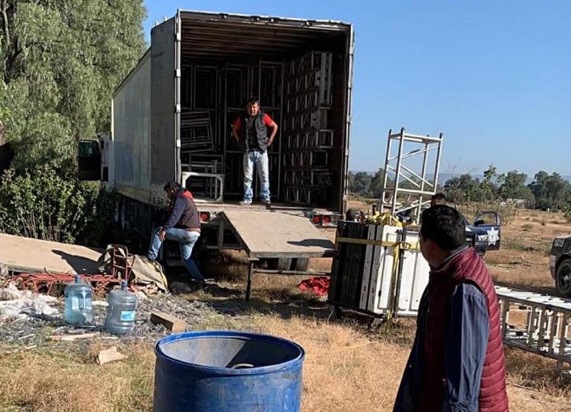 Roban en Acatzingo camión con equipo de Sonido Fantasma