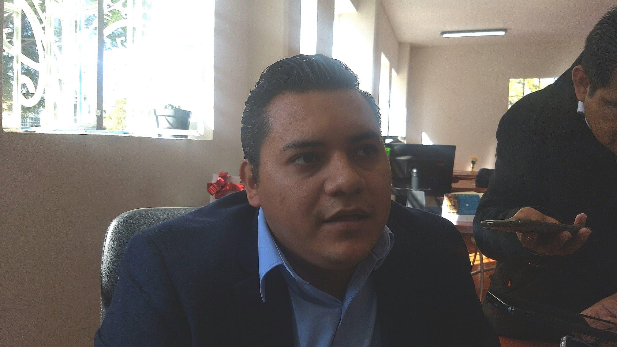 Regidor de Tehuacán se escuda en notificación fallida para no comparecer