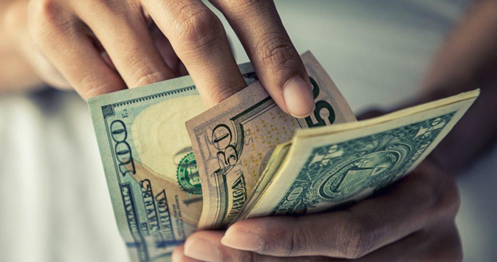 Dinero de migrantes a México suman 3 mil 381 mdd en noviembre