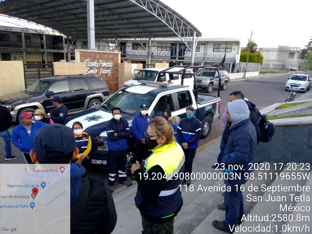 Rescatan a hombre extraviado en zona montañosa de Chiautzingo