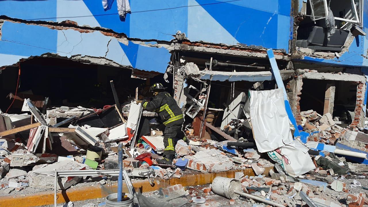 VIDEO Reportan explosión en restaurante de la Ciudad de México