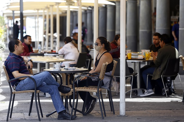 Puebla rebasa los mil casos activos de Covid por segunda vez en el año