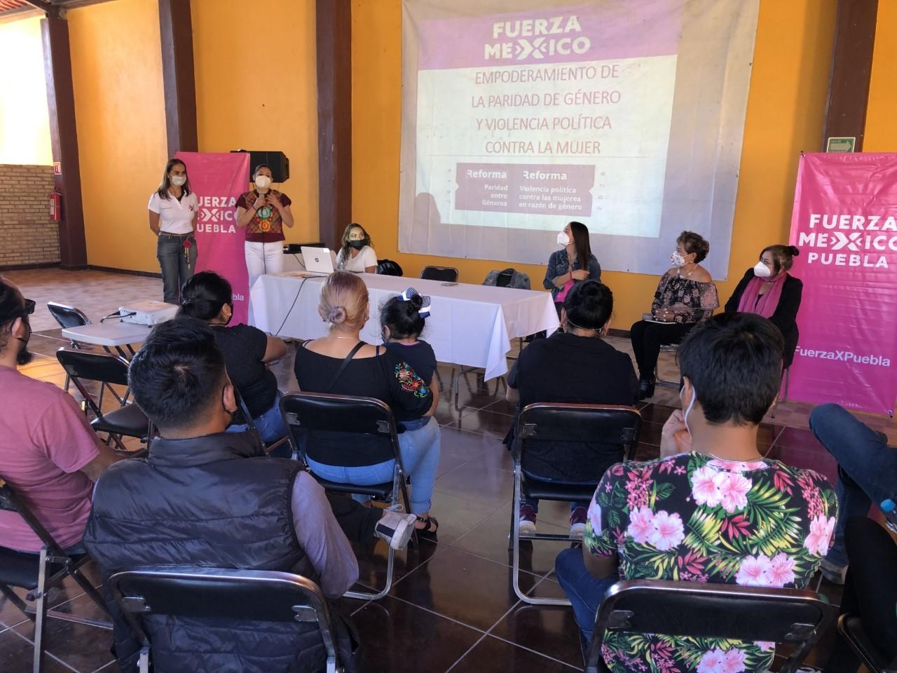 Fuerza Por México realiza jornada contra la violencia a la mujer en Tehuacán