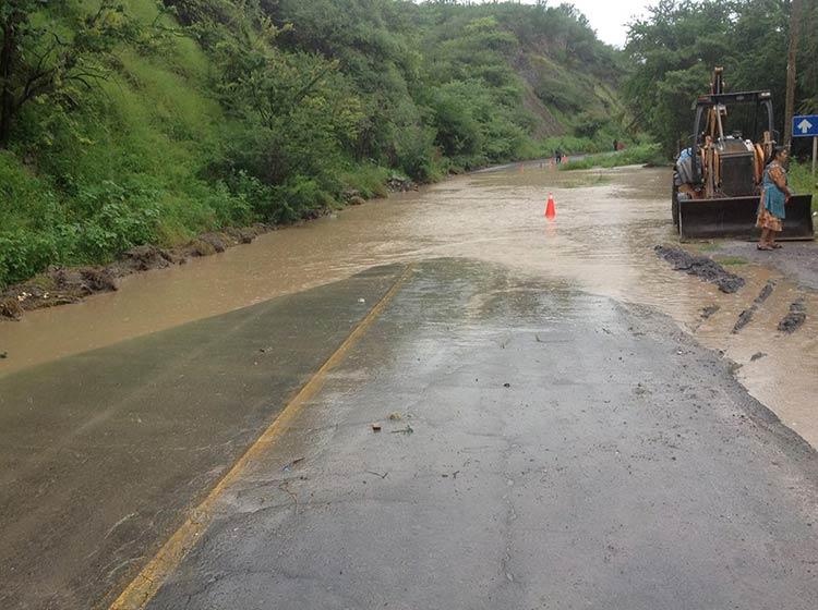 Río Mixteco, al 95% de capacidad; podría desbordarse en Tecomatlán: Segob