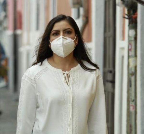 Claudia Rivera analizará reapertura de panteones para noviembre