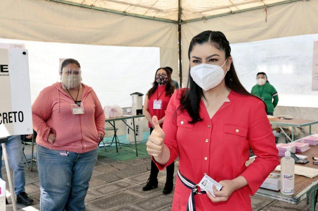 Consulta popular impulsará democracia participativa: Claudia Rivera