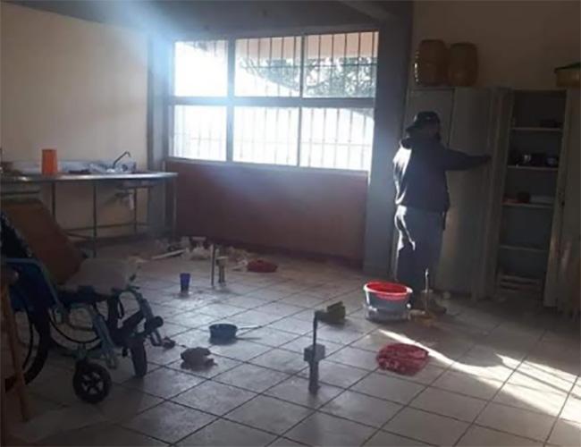 Saquean Centro de Atención Múltiple en Ajalpan