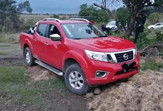 Tras persecución recuperan camioneta robada en Atlixco
