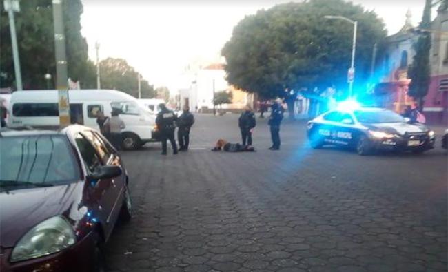 Ruta 27 embiste a mujer en pleno centro de Puebla