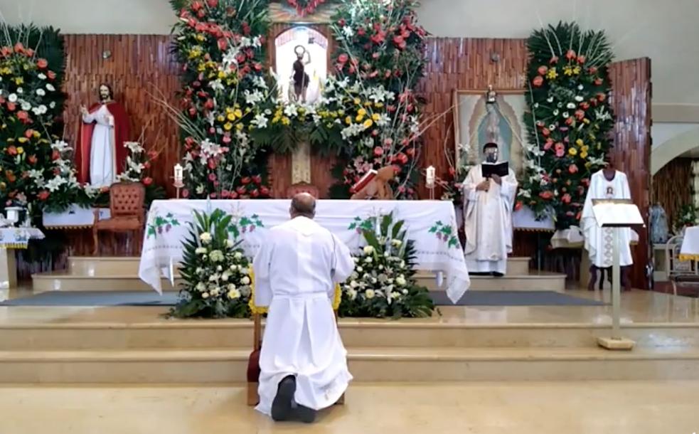 Llega nuevo sacerdote a la Iglesia de San Juan en Tecamachalco