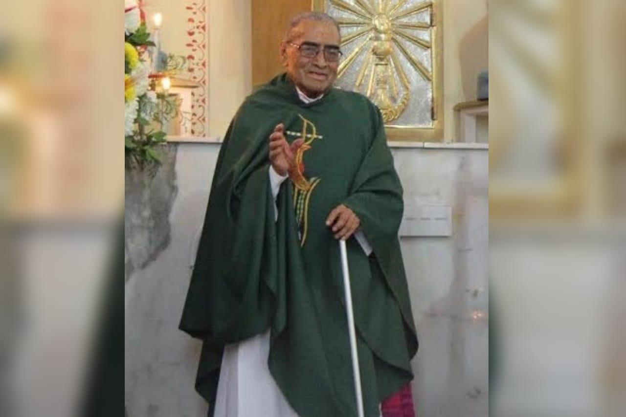 La muerte del sacerdote Álvaro Ramírez por COVID19 enluta a Chietla
