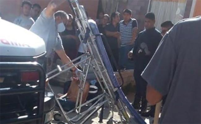 Asaltan camión pero vecinos de Texmelucan los aseguran y golpean