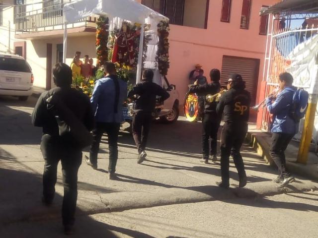 Con caminata musical celebran a Santa Cecilia en Texmelucan