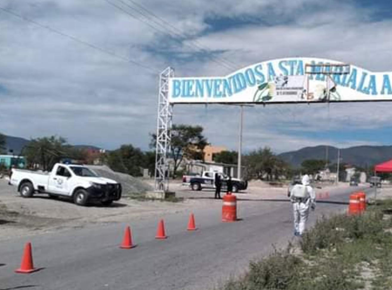 Civiles armados roban taxi en Tlacotepec de Benito Juárez