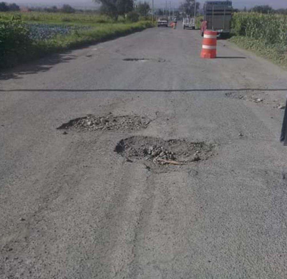 Padecen en Huejotzingo y Tlalancaleca afectaciones por baches