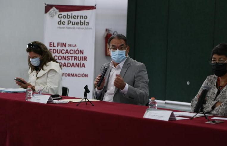 SEP Puebla da guías sanitarias a directores para el regreso a clases