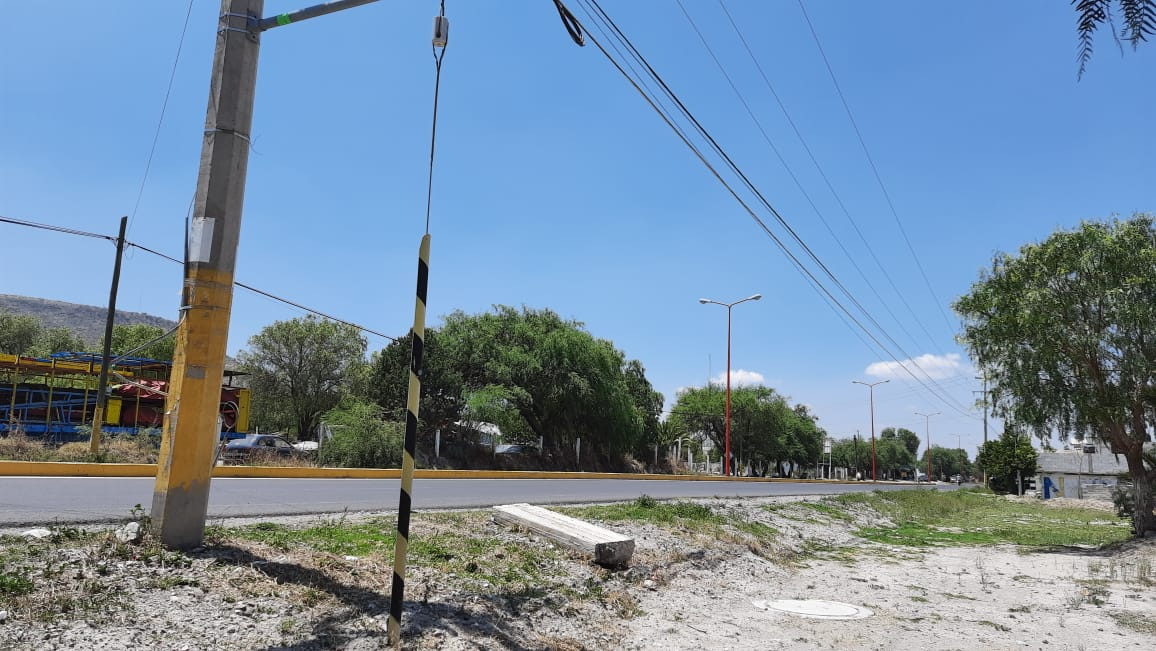 Roban con violencia vehículo en Tecamachalco