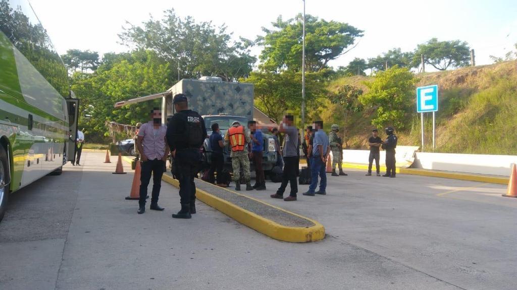 Rescatan a 8 niños migrantes guatemaltecos en Veracruz