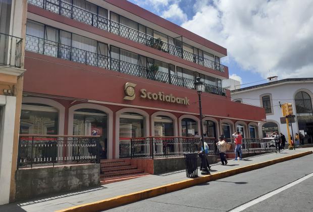 Scotiabank cierra en Teziutlán y manda a usuarios hasta Veracruz