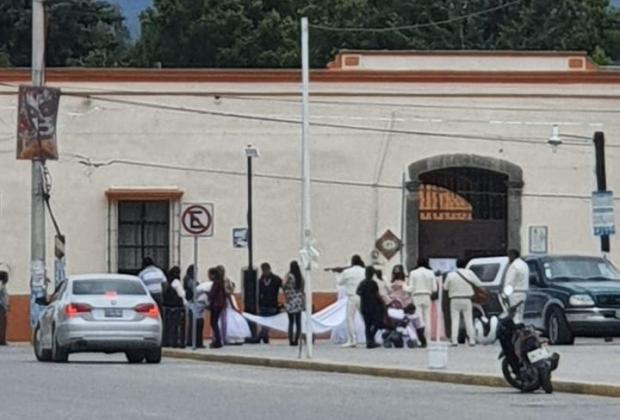 En plena contingencia sanitaria celebran boda y bautizo en Amozoc