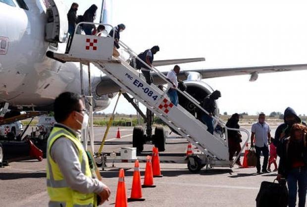 EN VIVO Barbosa encabeza anuncio de nuevos vuelos a EU