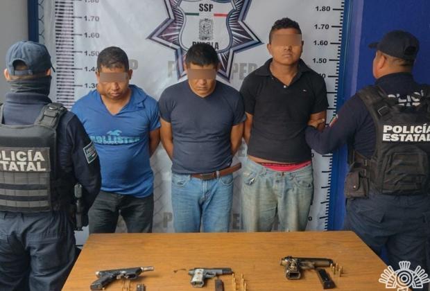 Montan retén y roban a automovilistas en la Cuetzalan-Mazatepec