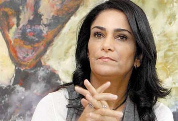 Desmiente Lydia Cacho a la FGR sobre Kamel Nacif