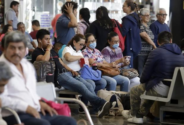 Entre fiestas y fútbol, Puebla supera los 2 mil casos de Covid-19