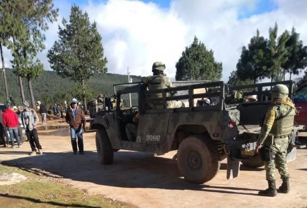 Pobladores retienen y piden dinero por director de Seguridad de Coyomeapan