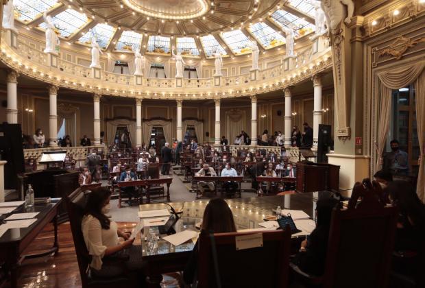 Morena y el PRI ganan en distribución de comisiones del Congreso Local