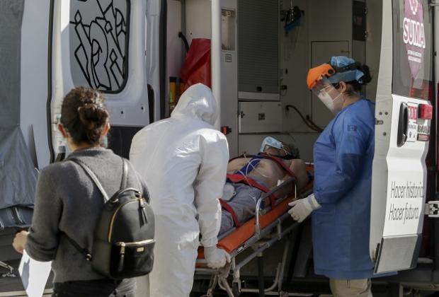 Con repunte en contagios y casos activos de Covid cierra Puebla la semana