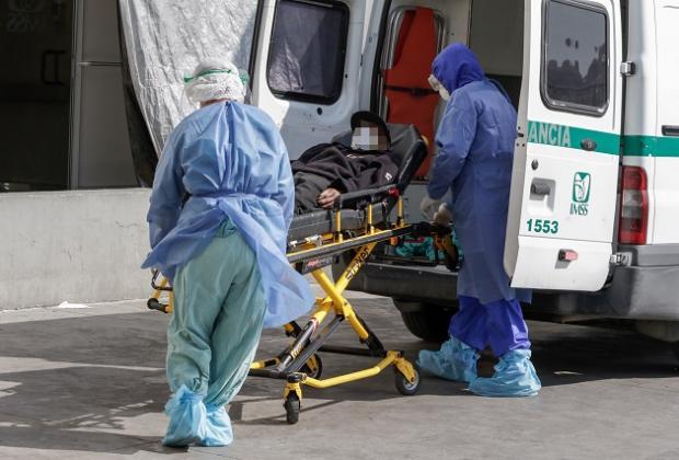 Han muerto 556 médicos y enfermeras por Covid en Puebla: Salud
