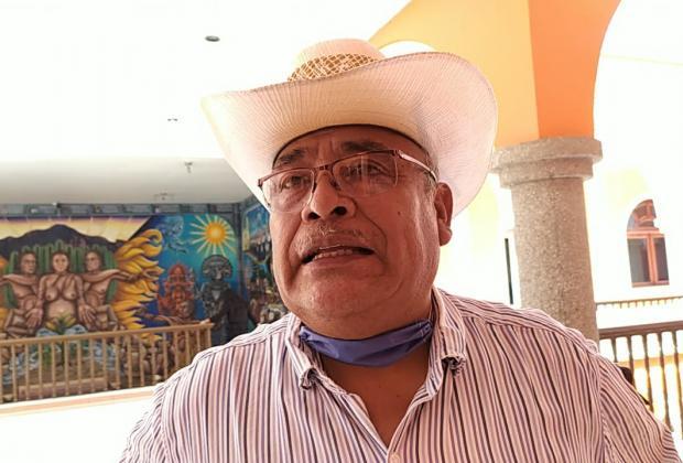 Tras señalamientos de corrupción, alcalde de Ajalpan pide licencia