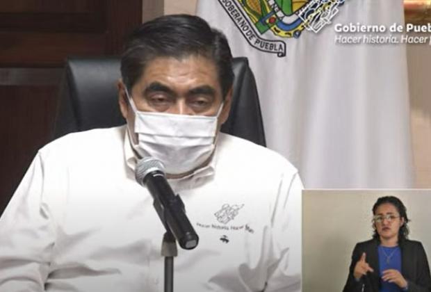 VIDEO Puebla se mantiene con 295 contagios al día; sumó 35 decesos por covid19
