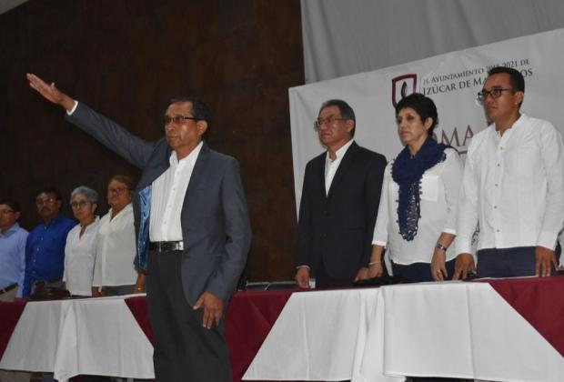Regidores de Izúcar no aprueban cuenta pública de edil interino