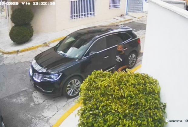 VIDEO Identifican a ladrón de autopartes en la colonia La Paz, Puebla