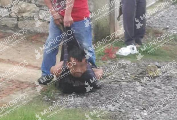 Intentan linchar en Huauchinango a sujeto que robó; policía lo deja ir