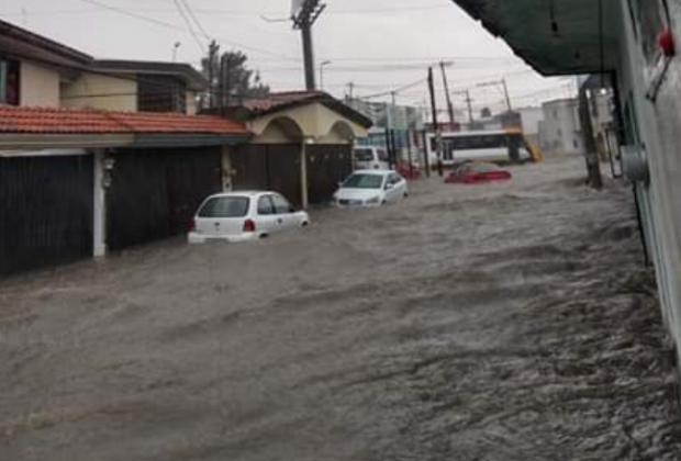 Se cae el cielo en Puebla; lluvia afecta varios puntos de la ciudad