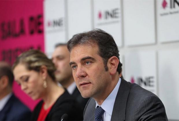 Prohíbe INE a gobierno de Puebla y a ediles hablar de temas electorales